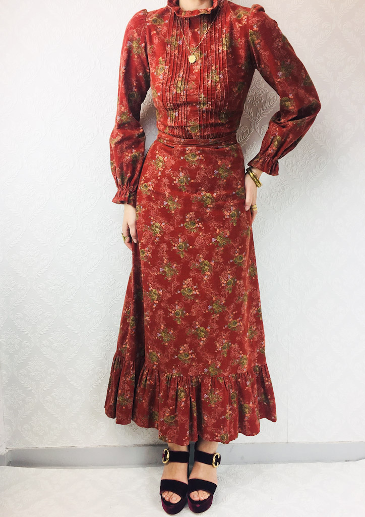 corduroy-vintage-long-floral-dress-pleated-from-stock-18