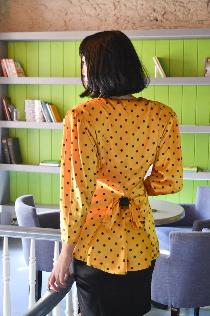 yellow-shirt-polka-dots-7