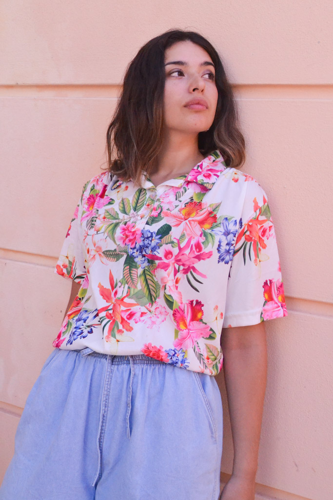 pink_white_floral_summer_top_magicbus7