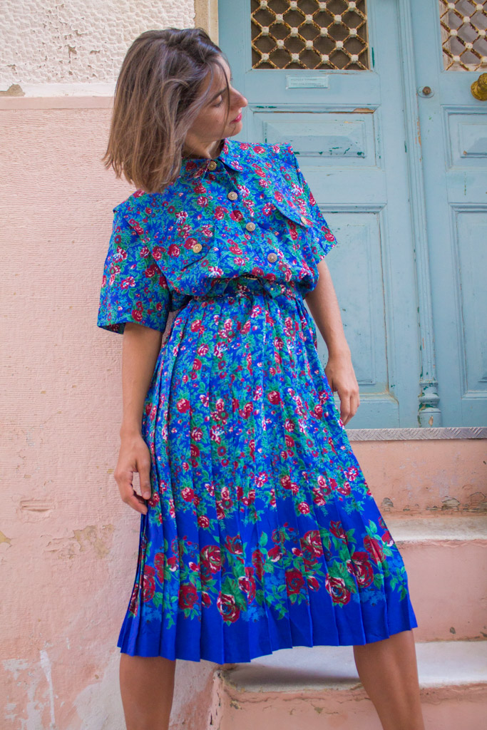 vintage-blue-floral-dress-magicbus-36