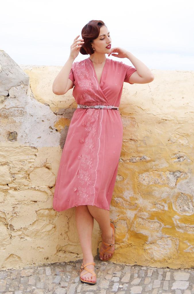 vintage-blue-pink-dress-vav-37