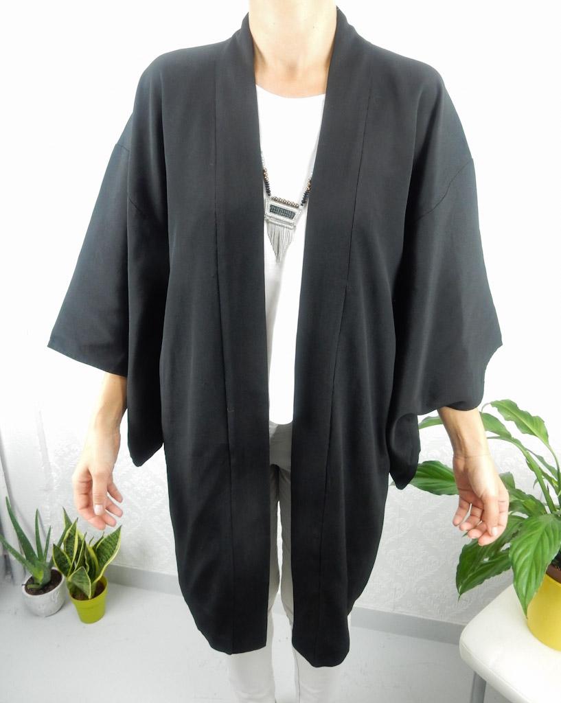 black-plain-light-kimono-1