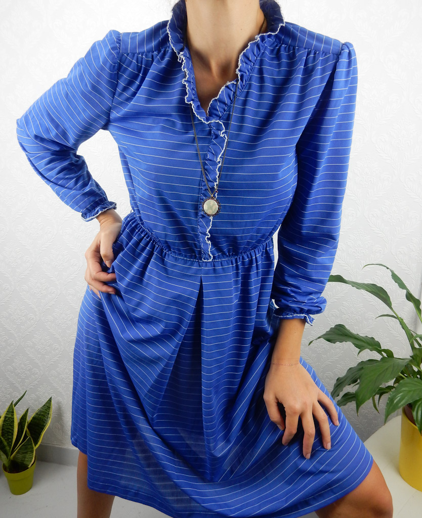 vintage-blue-white-stripes-dress-5