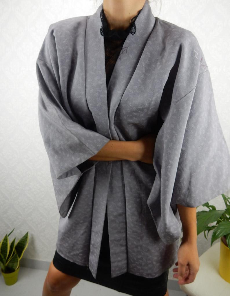 vintage-silver-original-kimono-engraved-patterns-2