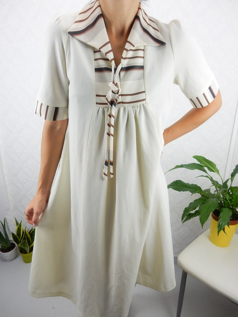 white-60s-swing-dress