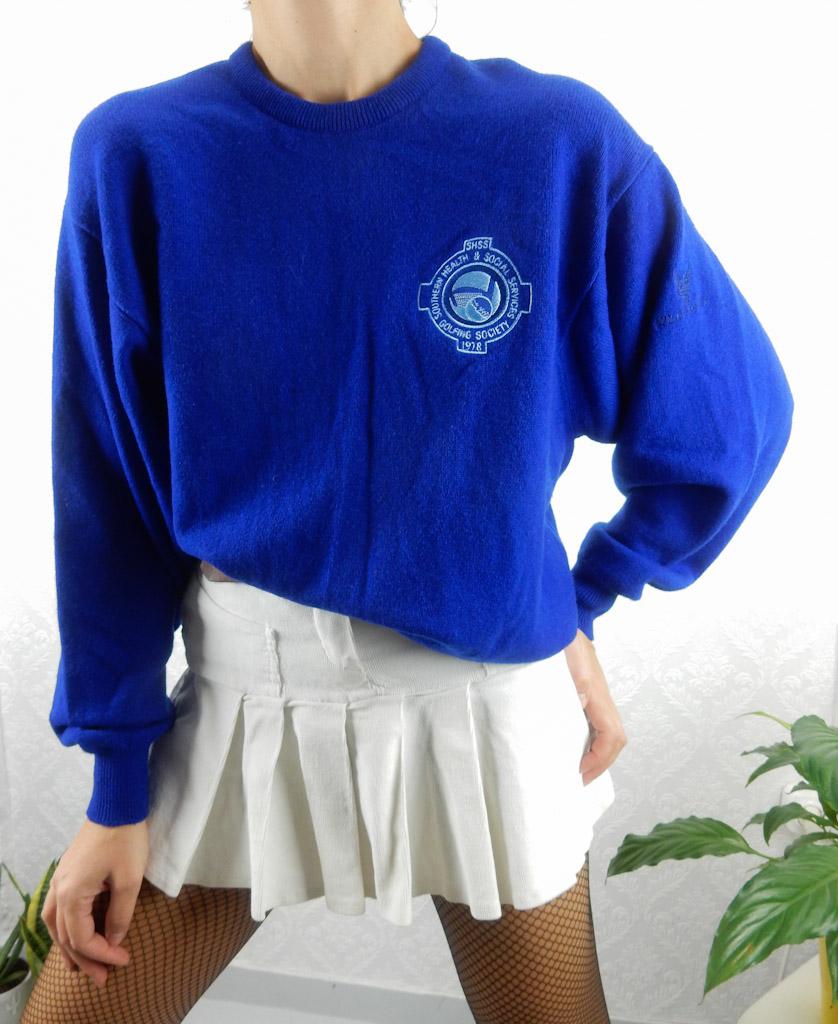 vintage-blue-electric-sweatshirt-style-knit-4