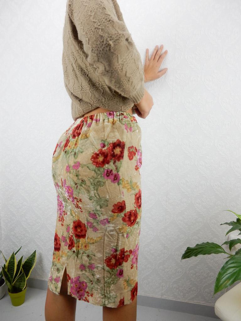 vintage-floral-velvet-skirt-1