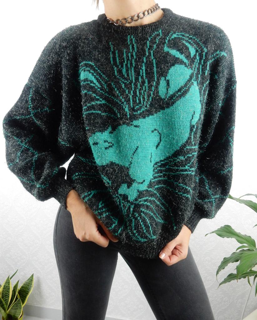 vintage-knit-lion-silver-thread-11