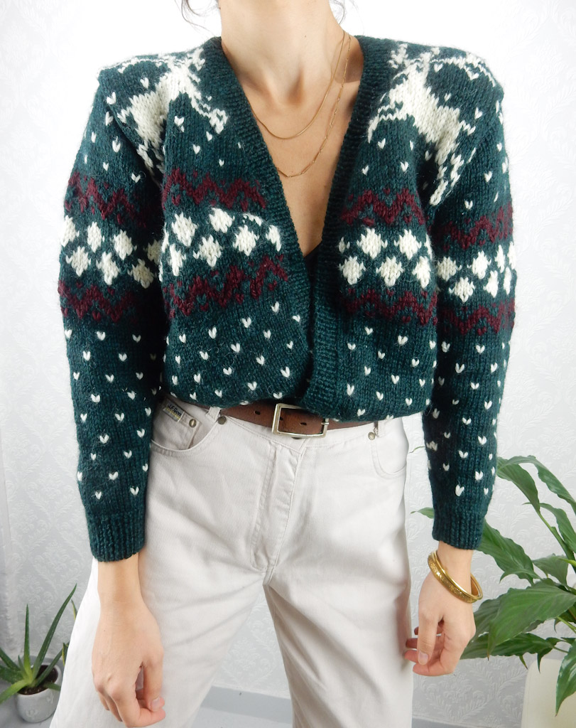 vintage-green-cardigan-with-reindeers-patterned-knit-1