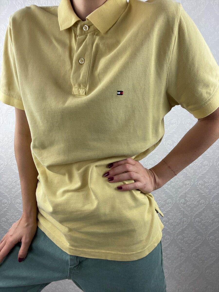 Tommy-Hillfiger-yellow-polo-tshirt-vintage-1